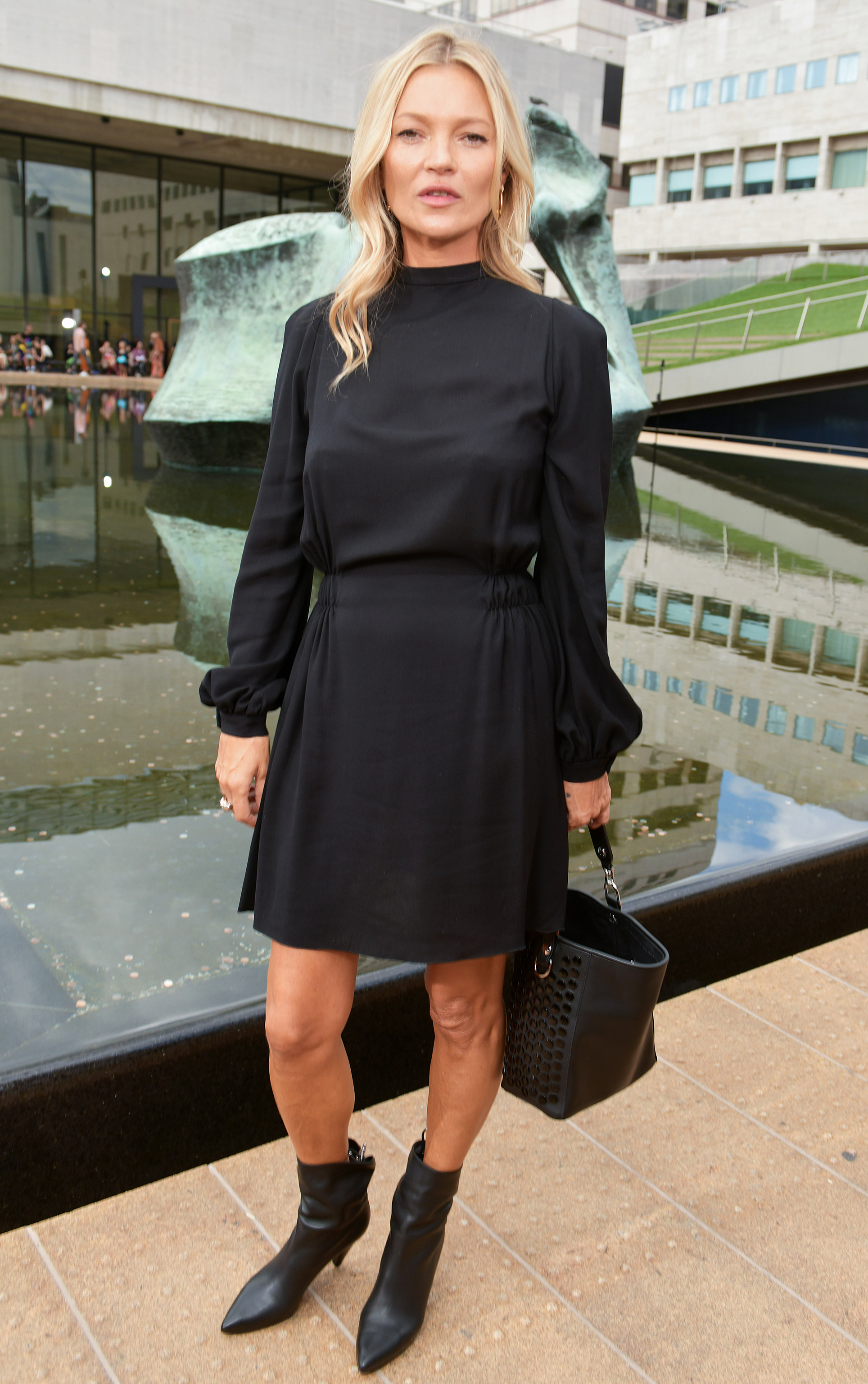 https://www.usmagazine.com/wp content/uploads/2019/09/NYFW Style Kate Moss