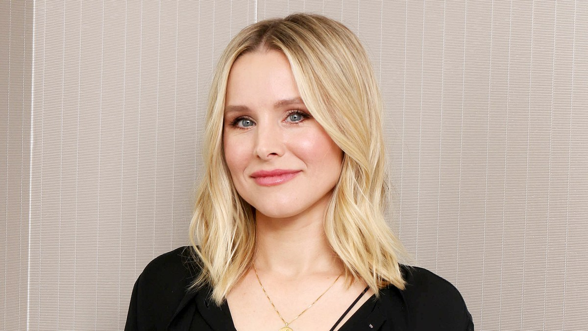 Kristen Bell Takes CBD Oil Every Morning to Help Ease Her Depression and Anxiety