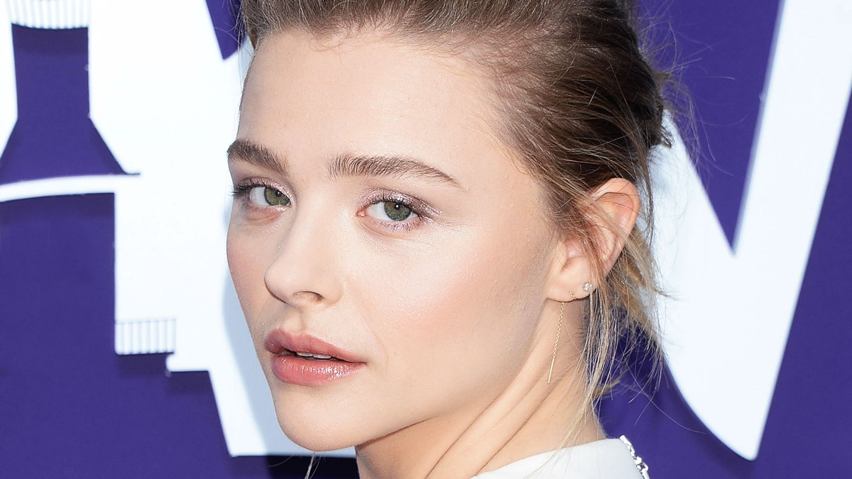 Chloe Grace Moretz Proves Lip Gloss Is Back and Better Than Ever at the Premiere of 'The Addams Family'