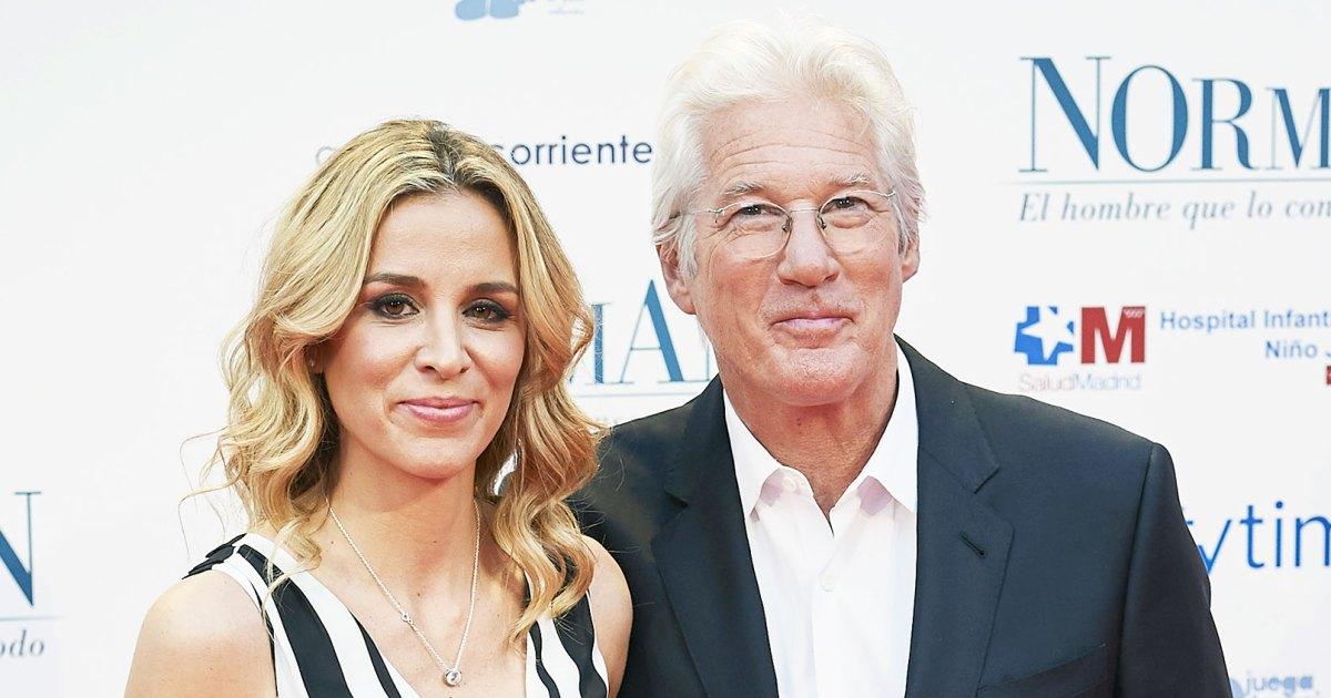 Alejandra Silva Pregnant and Richard Gere at Premiere in Madrid in 2017 - زوجة ريتشارد جير أليخاندرا سيلفا حامل مع طفل رقم 2