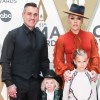 Pink Announces Yearlong Music Break at CMA Awards 2019 with Carey Hart and Kids