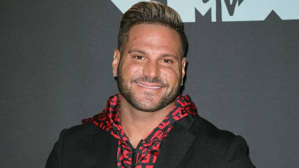 Ronnie Ortiz-Magro Shares Sweet Pic With Daughter After Pleading Not Guilty to Domestic Violence, Child Endangerment