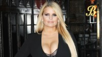 Jessica Simpson Poses With Daughter Maxwell and Son Ace After Revealing Cover of Memoir 'Open Book'