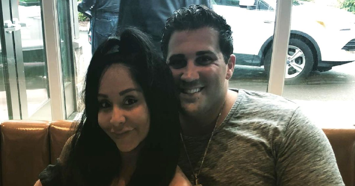 Snooki Cooks Christmas Eve Dinner With Husband Jionni LaValle After Leaving 'Jersey Shore: Family Vacation'
