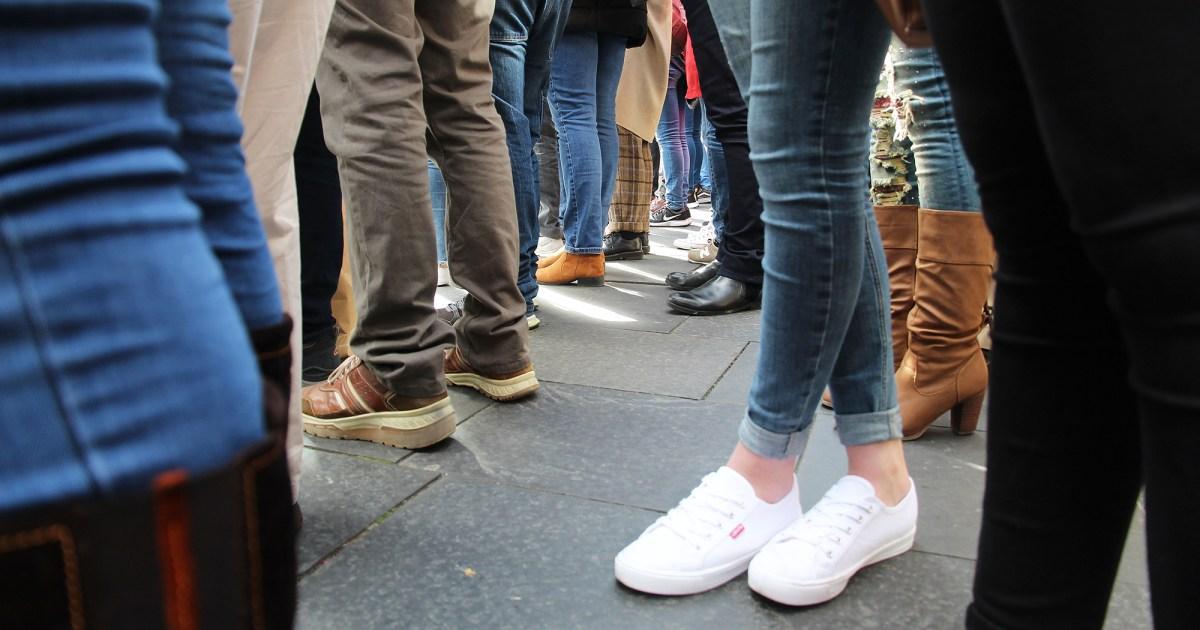 skinny jeans - هذه المواد من المجتمع الجينز يشعر تماما مثل اللباس الداخلي