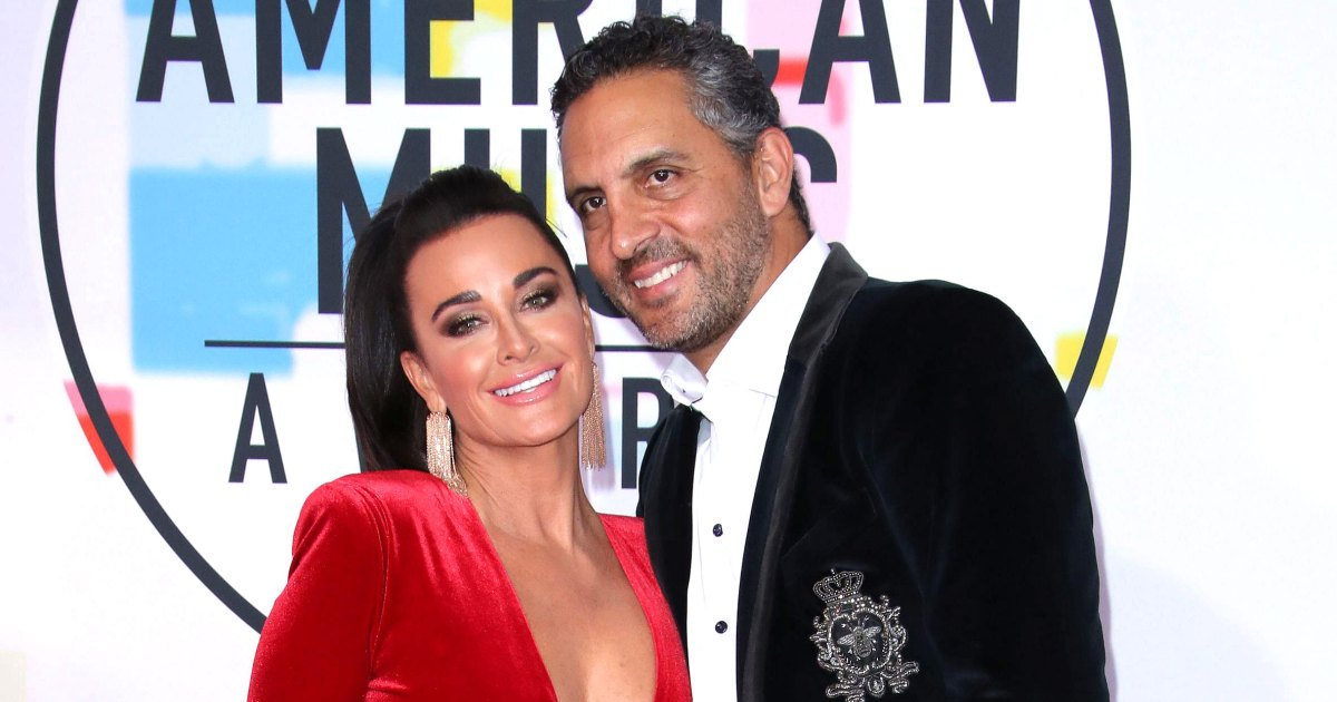 How Kyle Richards Makes Her 25-Year Marriage to Mauricio Umansky Work