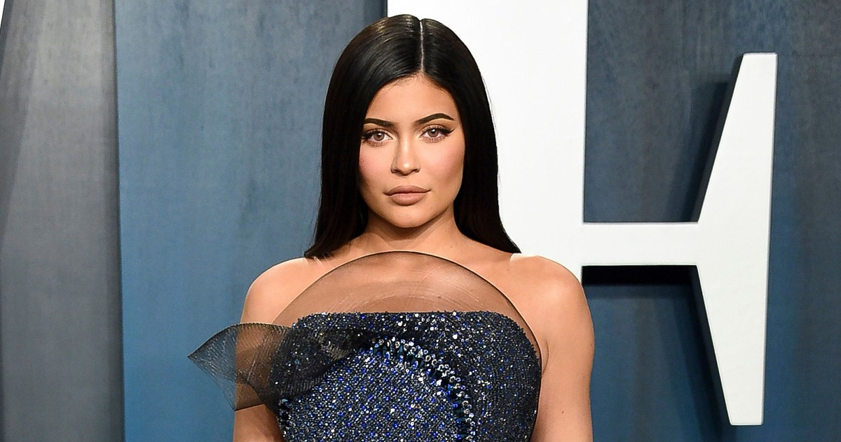Get Your Bronze Glow Back With Kylie Jenner's Go-To Tanning Foam