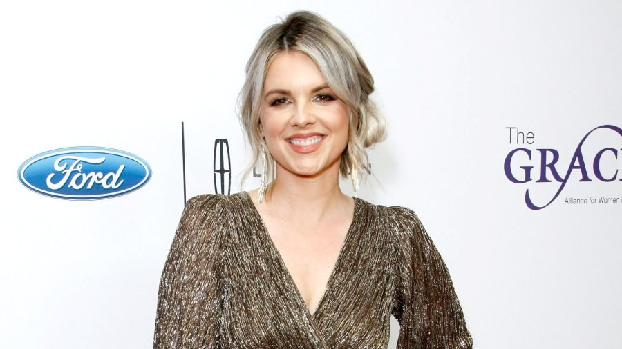 Ali Fedotowsky- Peter's Mom Barbara Has Some 'Soul Searching' to Do 3
