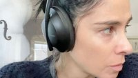 Sarah Silverman Embraces Her Gray Hairs