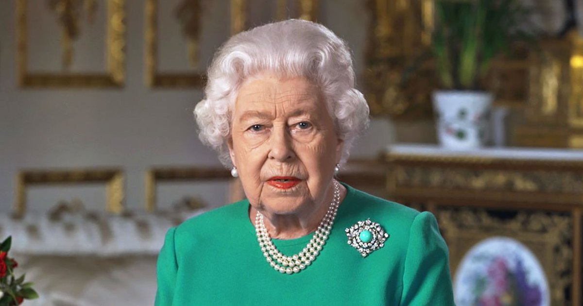 Queen Elizabeth Addresses the Nation in a Beautiful Green Frock