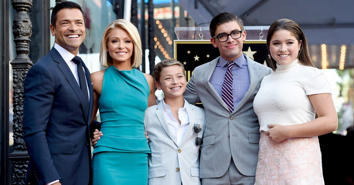 Kelly Ripa, Mark Consuelos and Their Kids Are Quarantined in the Caribbean