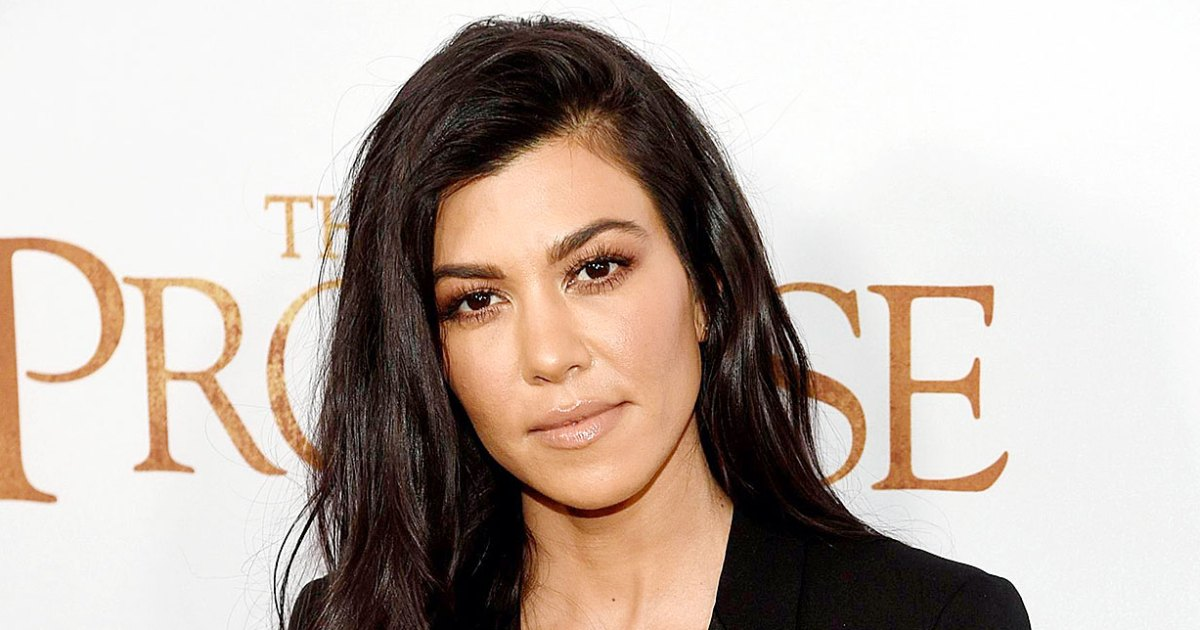 Photo of Kourtney Kardashian's 'Super Simple,' Low-Calorie Salad Dressing Has Only 5 Ingredients