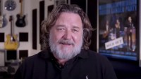 Russell Crowe My Kids Quarantined Away From Me for Uber Eats