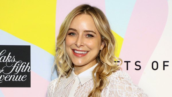 Jenny Mollen Lets Mom-Shamers 'Roll Off' Her Back Raising Her and Jason Biggs' 2 Sons