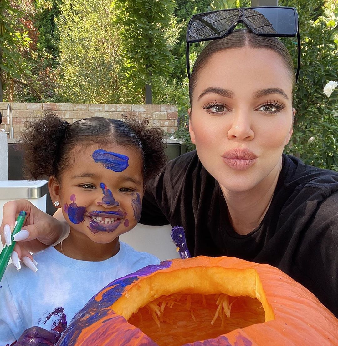 Khloe Kardashian and Tristan Thompson Paint Pumpkins With Daughter True: Pics