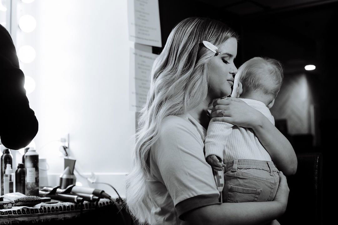 Maren Morris and Ryan Hurd's Son Hayes is 'So Close to Crawling'