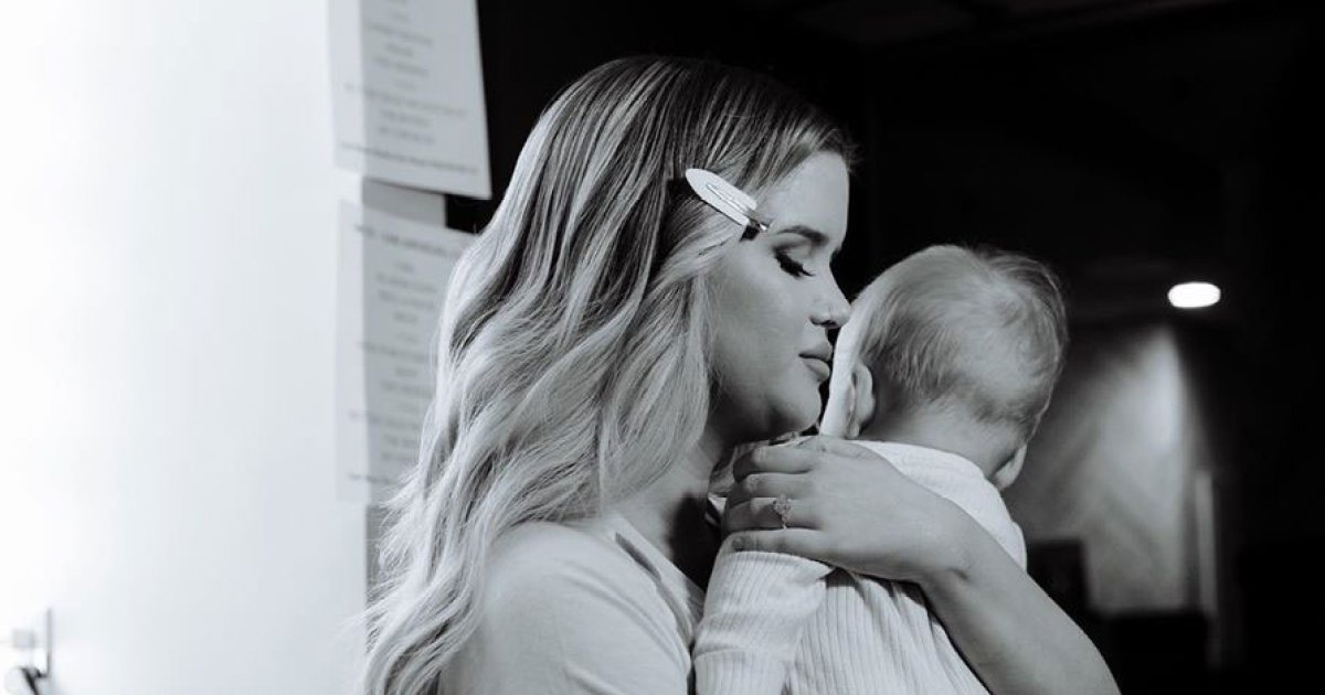 Maren Morris and Ryan Hurd's Son Hayes is 'So Close to Crawling' 1