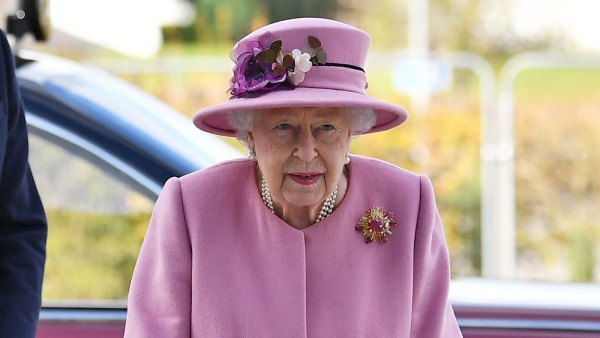 Queen Elizabeth Dazzles in Pink for Her 1st Outing Since Lockdown