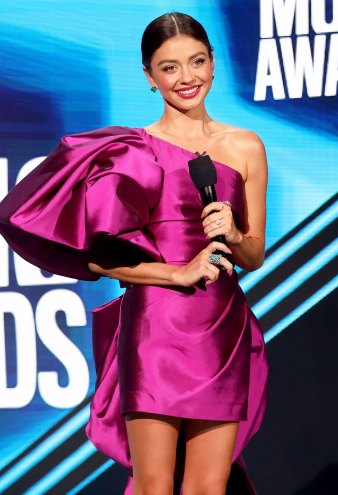 Sarah Hyland Stunned in 3 Dresses at the 2020 CMT Music Awards