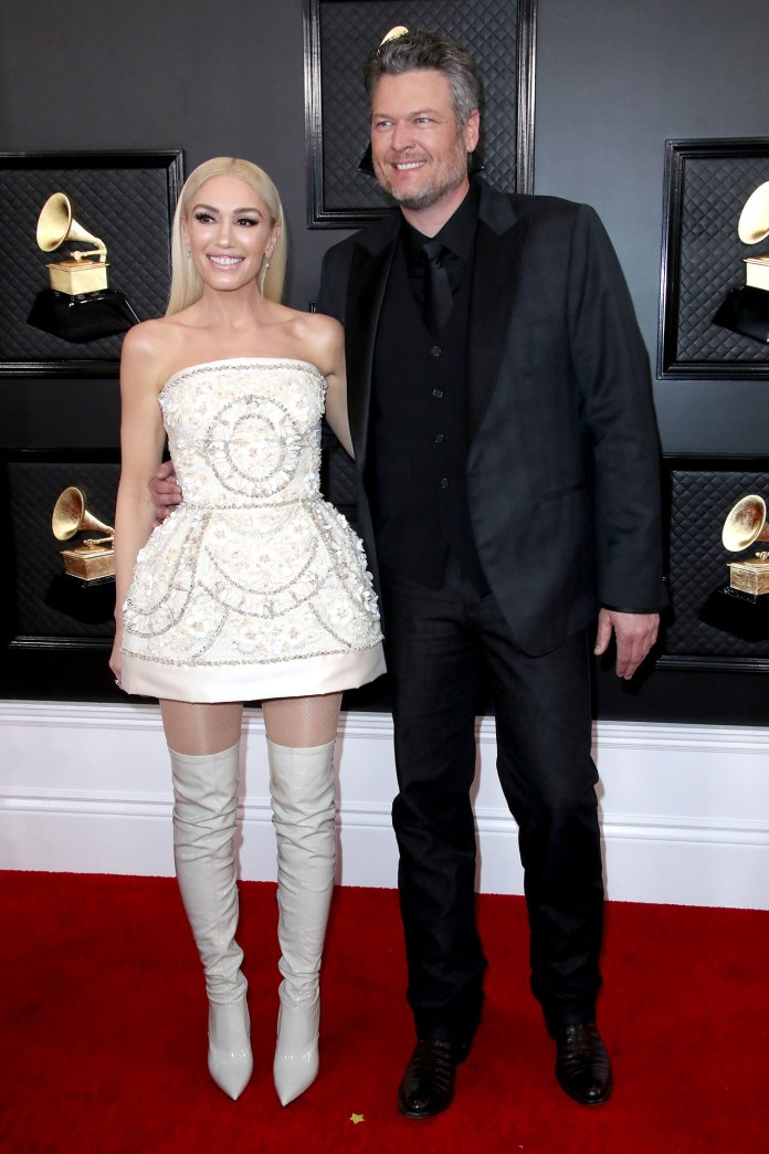 Blake Shelton Gives Sweet Shout Out to Fiancee Gwen Stefani E! People's Choice Awards 2020 Grammy