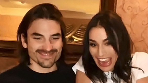 Cringe Alert Ashley Iaconetti Jared Haibon Relive Their 1st Bachelor Paradise Kiss