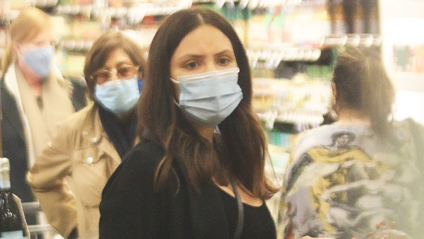 Pregnant Katherine McPhee Covers Baby Bump While Grocery Shopping