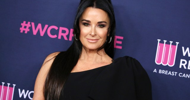 Kyle Richards Reveals She and Daughter Sophia Tested Positive for COVID, 'RHOBH' Filming Shuts Down.jpg