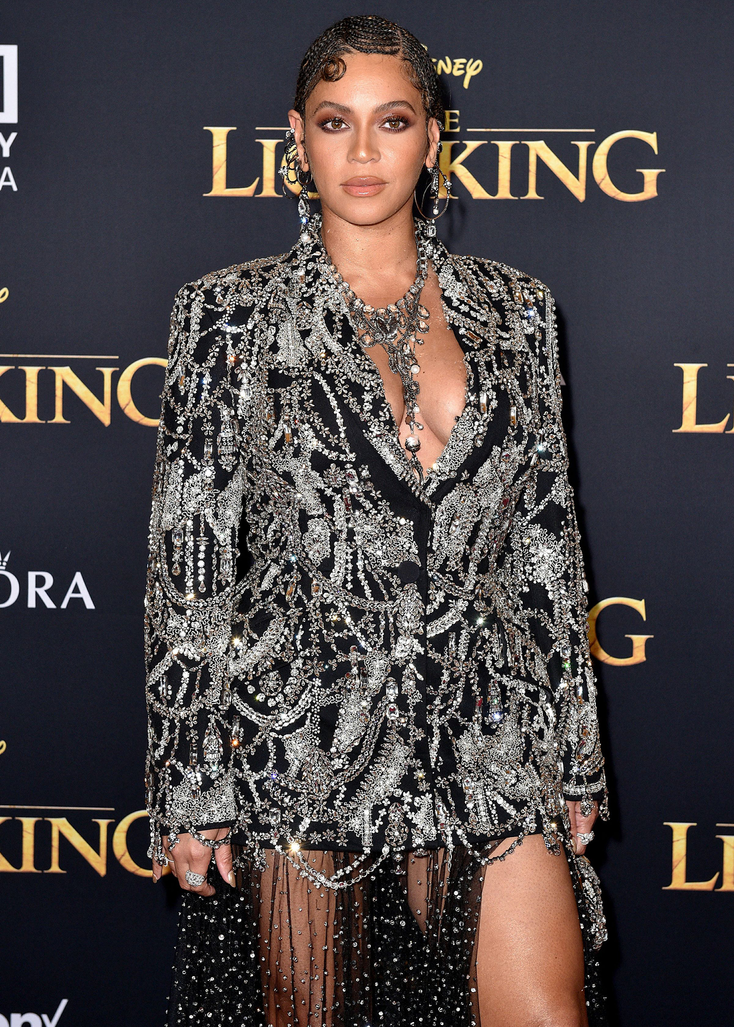 beyonce shares unseen footage of her