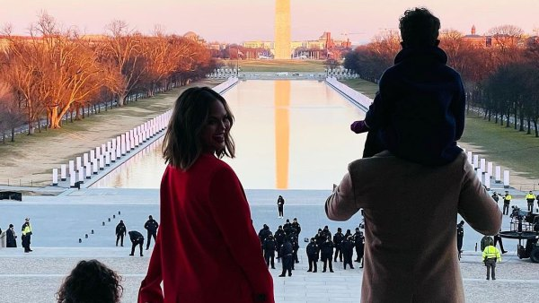 Chrissy Teigens Kids Enjoy Incredibly Special Day at Inauguration