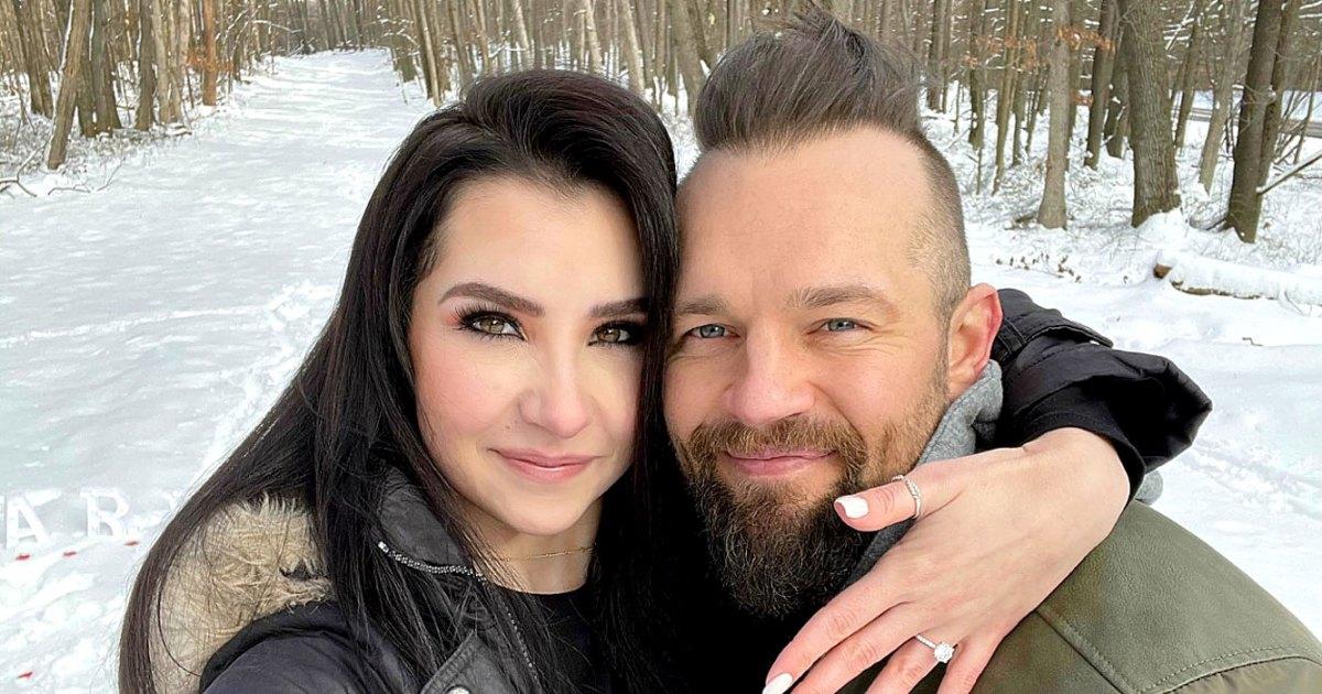 The Challenge's Derrick Kosinski Is Engaged to Girlfriend Nicole Gruman: See the Photos
