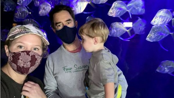 At Aquarium Amy Schumer Chris Fischer Sweetest Moments With Son Gene