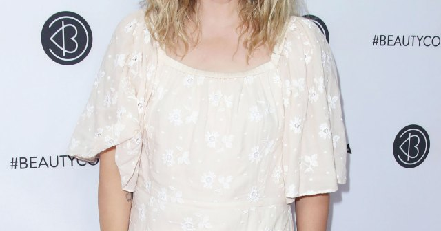 Drew Barrymore Explains How 'Bridgerton' Convinced Her to Get Back on Dating Apps.jpg