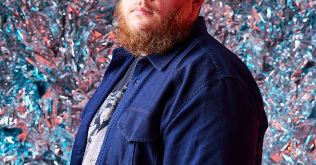 Luke Combs Apologizes Over Past Confederate Flag Use: 'Hate Is Not a Part of My Core Values'.jpg