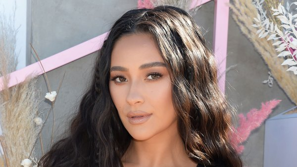 Shay Mitchell: Inside My Healthy Day
