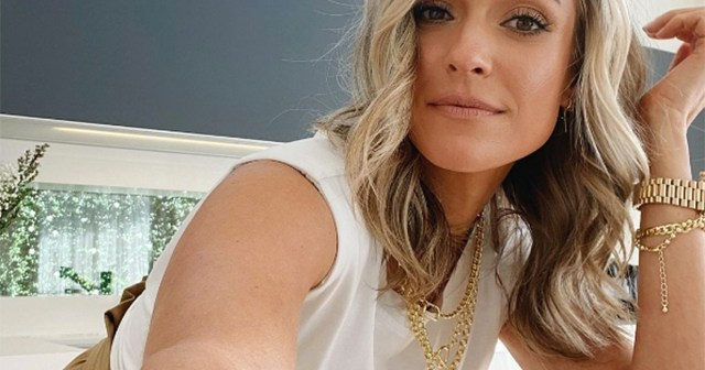 Kristin Cavallari's Layered Mini Skirt Is Our New Spring Obsession —Get the Look.jpg