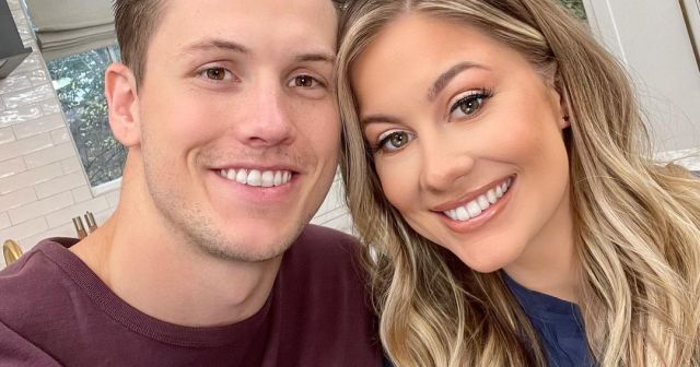 Inside Pregnant Shawn Johnson East and Andrew East's Beach Babymoon Ahead of 2nd Child: Photos.jpg