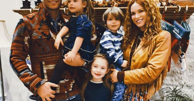Jensen Ackles and Danneel Ackles' Cutest Pics With 3 Kids: Family Album.jpg