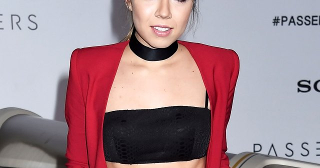 iCarly's Jennette McCurdy Confirms She Quit Acting, Admits She's 'Ashamed' of Past Work.jpg