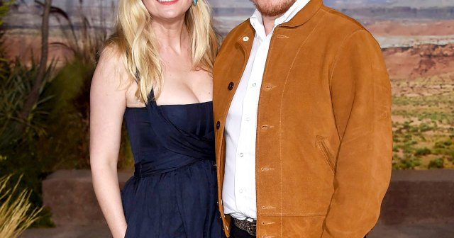 Kirsten Dunst Gives Birth, Secretly Welcomes 2nd Baby With Fiance Jesse Plemons.jpg