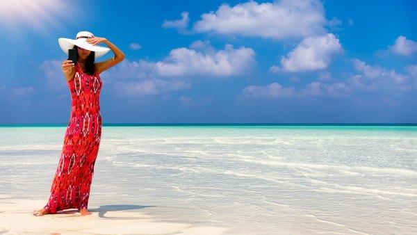 most-flattering-beach-dresses