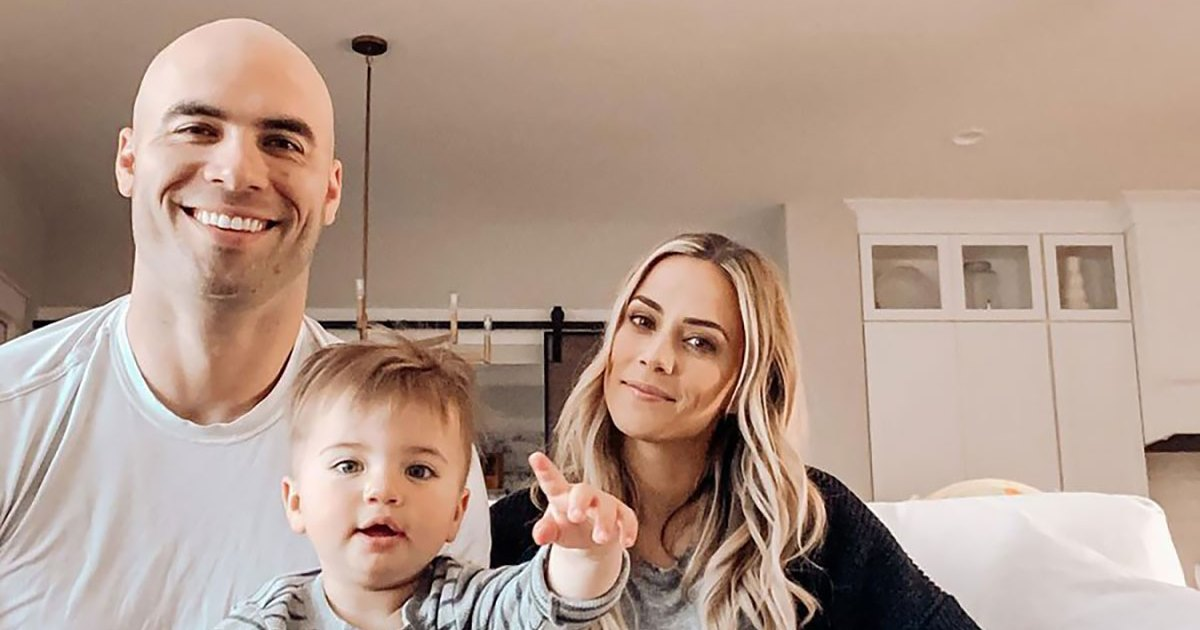 Jana-Kramer-Says-She-Stayed-With-Husband-Mike-Caussin-For-The-Kids-Will-Be-Destroyed-By-Coparenting-Promo.jpg?crop=0px,27px,1200px,630px&resize=1200,630&ssl=1&quality=86&strip=all
