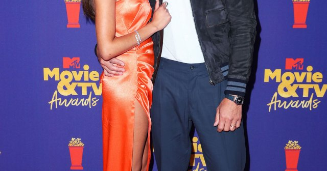 Justin Hartley and Sofia Pernas Make Red Carpet Debut at MTV Movie & TV Awards.jpg
