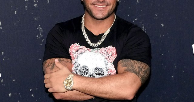 Ronnie Ortiz-Magro Is Taking a 'Step Away' From 'Jersey Shore' After Domestic Violence Arrest: I Need to 'Get Healthy'.jpg