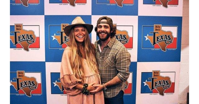 Thomas Rhett Explains How He Found Out About Wife Lauren Akins' Pregnancy.jpg