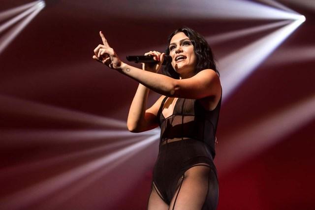 Jessie J Cries Detailing Health Struggles Affecting Her Throat Singing