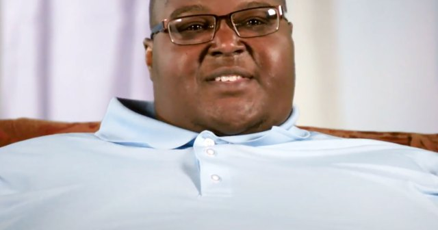 'Too Large' Sneak Peek: Teacher, Nearly 700 Lbs, Describes Feeling 'Miserable' Because of His Size.jpg