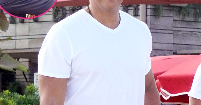 Alex Rodriguez Parties on Yacht in France After Jennifer Lopez and Ben Affleck's Boat PDA.jpg