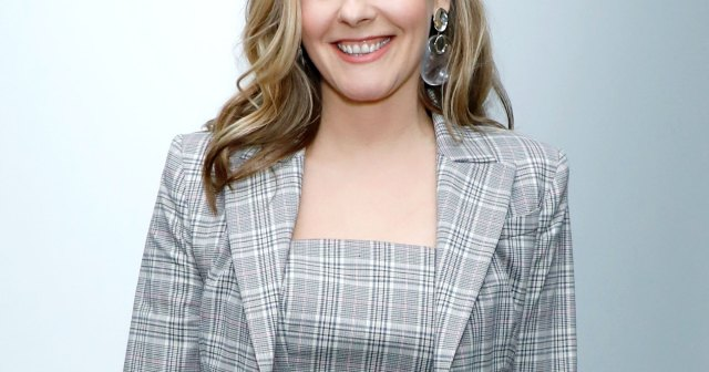 A 'Clueless' Computerized Closet May Not Exist — But Alicia Silverstone Has an Idea for Her Own Version.jpg