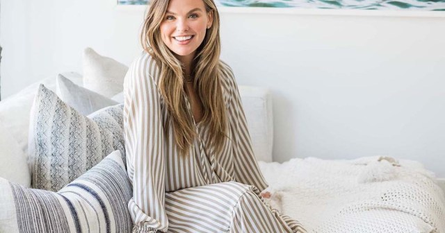 Bachelorette's Hannah Brown Unveils Her Apartment Following Major Makeover: Before and After Pics.jpg