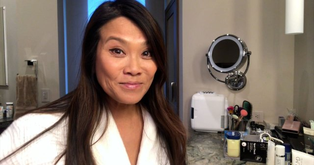 'Dr. Pimple Popper' Star Sandra Lee Shows Us Her Nighttime Skincare Routine — Watch.jpg